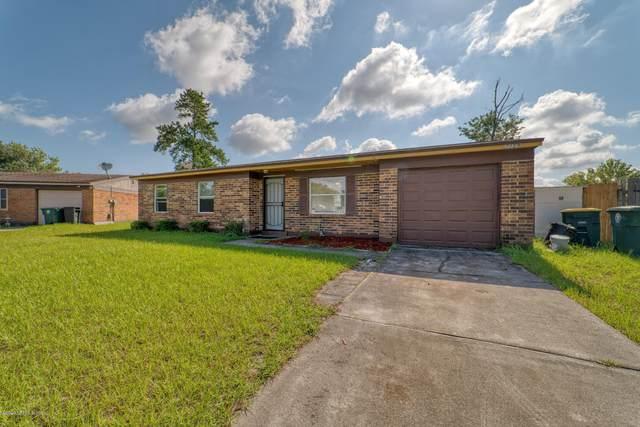 2159 Mareeba Rd E, Jacksonville, FL 32246 (MLS #1069637) :: Berkshire Hathaway HomeServices Chaplin Williams Realty