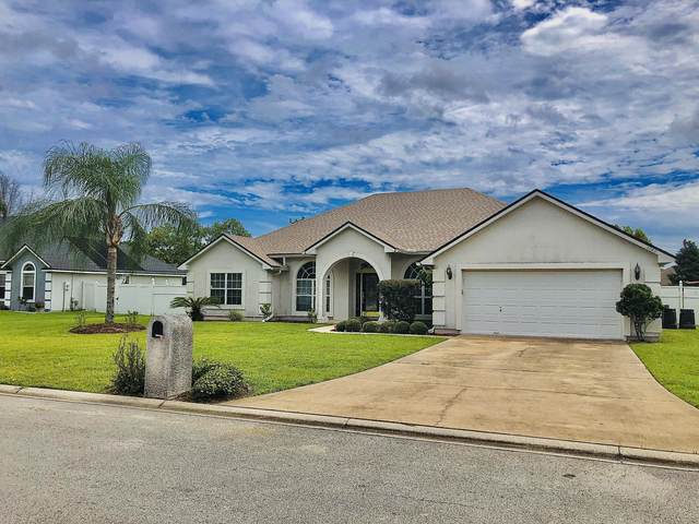 3760 Southbank Cir, GREEN COVE SPRINGS, FL 32043 (MLS #1069662) :: Menton & Ballou Group Engel & Völkers