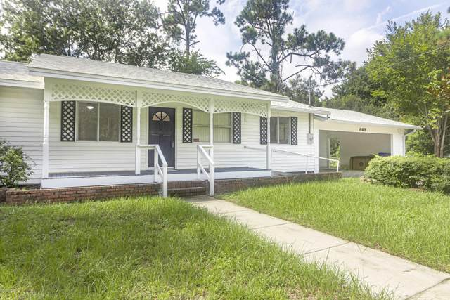 869 W 12TH St, St Augustine, FL 32084 (MLS #1069671) :: EXIT Real Estate Gallery