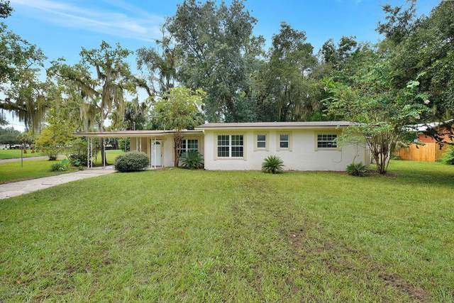 901 St Johns Ave, GREEN COVE SPRINGS, FL 32043 (MLS #1070160) :: The Perfect Place Team