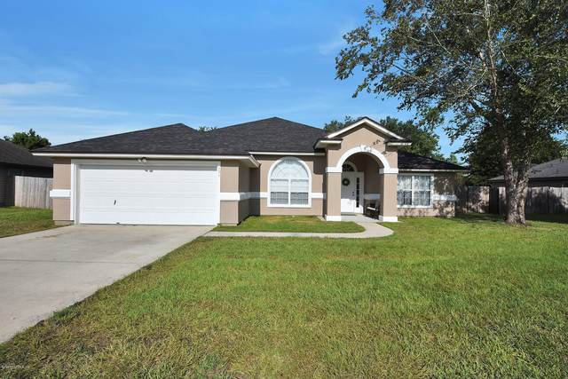 604 Martin Lakes Dr E, Jacksonville, FL 32220 (MLS #1070165) :: Berkshire Hathaway HomeServices Chaplin Williams Realty