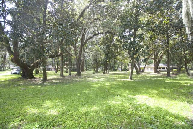 0 Holly Point Rd E, Orange Park, FL 32073 (MLS #1070216) :: The Perfect Place Team
