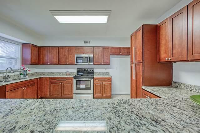 3147 Belden Cir, Jacksonville, FL 32207 (MLS #1070323) :: EXIT Real Estate Gallery