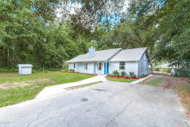 408 Holiday Dr, Interlachen, FL 32148 (MLS #1070492) :: The Hanley Home Team