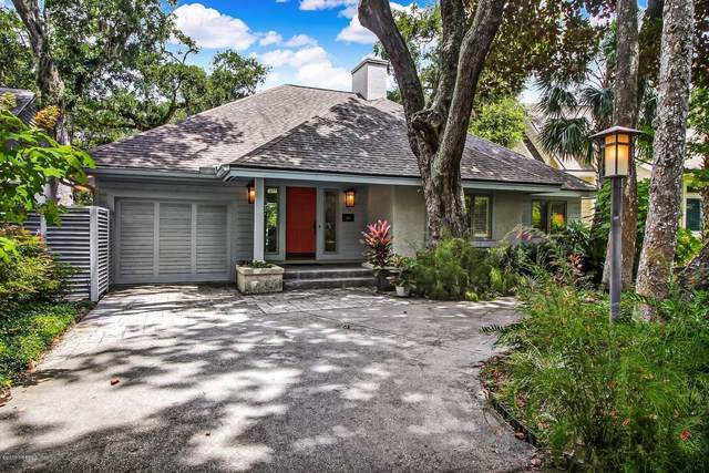 55 Laurel Oak Rd, Fernandina Beach, FL 32034 (MLS #1070544) :: Menton & Ballou Group Engel & Völkers
