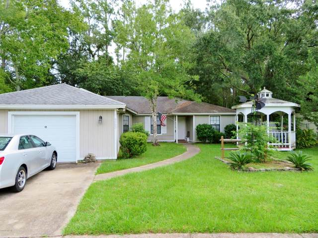 9582 Villiers Dr S, Jacksonville, FL 32221 (MLS #1070762) :: The Perfect Place Team