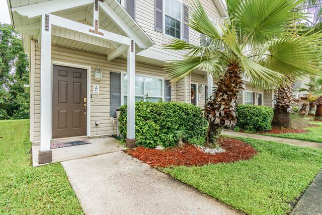 1863 Lago Del Sur Dr, Middleburg, FL 32068 (MLS #1071356) :: Homes By Sam & Tanya