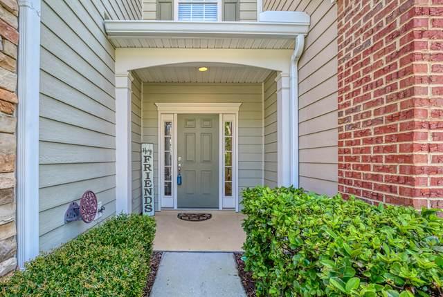 4034 Lionheart Dr, Jacksonville, FL 32216 (MLS #1071392) :: Berkshire Hathaway HomeServices Chaplin Williams Realty