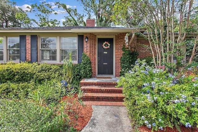 1360 Birmingham Rd, Jacksonville, FL 32207 (MLS #1071433) :: Menton & Ballou Group Engel & Völkers