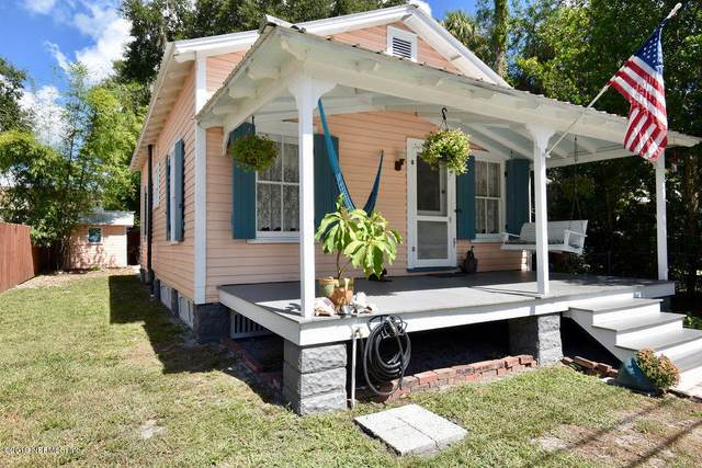 816 Oak St, Palatka, FL 32177 (MLS #1071680) :: The DJ & Lindsey Team