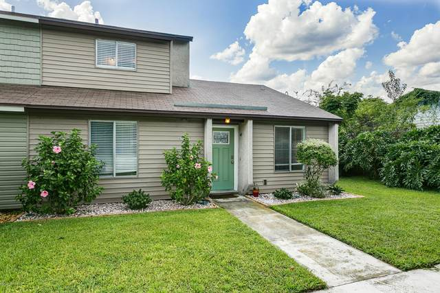 423 Aquatic Dr, Atlantic Beach, FL 32233 (MLS #1071691) :: Memory Hopkins Real Estate