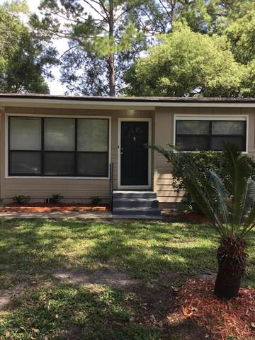 9217 Waynesboro Ave, Jacksonville, FL 32208 (MLS #1072051) :: The Hanley Home Team