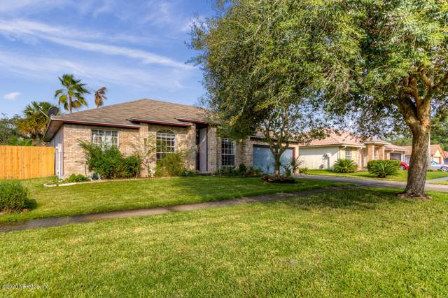 562 Charles Pinckney St, Orange Park, FL 32073 (MLS #1073085) :: Oceanic Properties
