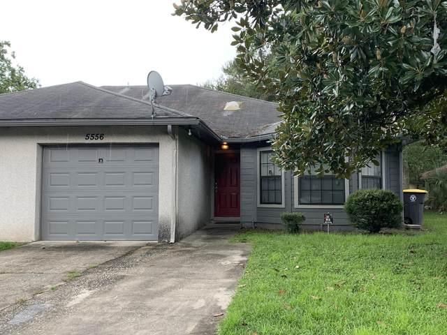 5556 Greatpine Ln N, Jacksonville, FL 32244 (MLS #1073086) :: Memory Hopkins Real Estate