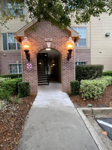 7800 Point Meadows Dr #712, Jacksonville, FL 32256 (MLS #1073171) :: Memory Hopkins Real Estate