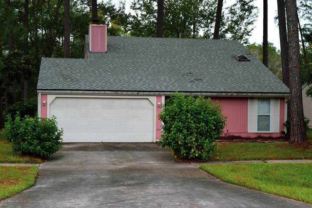 10360 Arrowhead Dr, Jacksonville, FL 32257 (MLS #1073234) :: Berkshire Hathaway HomeServices Chaplin Williams Realty