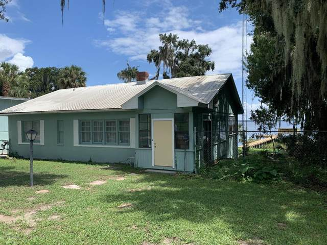 25 S Lake St, Crescent City, FL 32112 (MLS #1073839) :: The Every Corner Team
