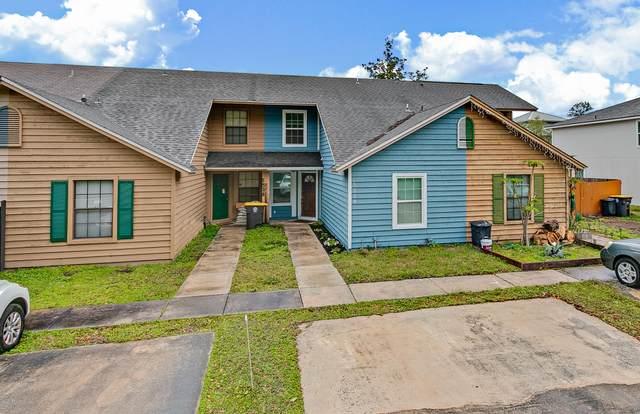 5524 Marathon Pkwy, Jacksonville, FL 32244 (MLS #1073949) :: Berkshire Hathaway HomeServices Chaplin Williams Realty