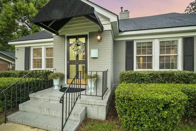 1405 Pinetree Rd, Jacksonville, FL 32207 (MLS #1074010) :: Homes By Sam & Tanya