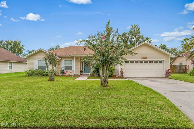 4390 Carriage Crossing Dr, Jacksonville, FL 32258 (MLS #1074259) :: Homes By Sam & Tanya