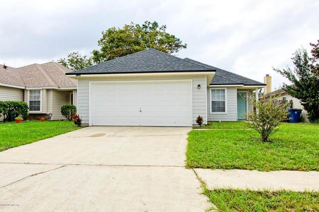 2928 Mikris Dr E, Jacksonville, FL 32225 (MLS #1074389) :: Homes By Sam & Tanya