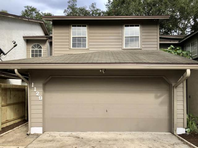 1129 Fromage Cir E, Jacksonville, FL 32225 (MLS #1074568) :: Homes By Sam & Tanya