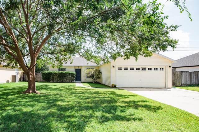 2925 College Park Dr, Middleburg, FL 32068 (MLS #1074604) :: Menton & Ballou Group Engel & Völkers