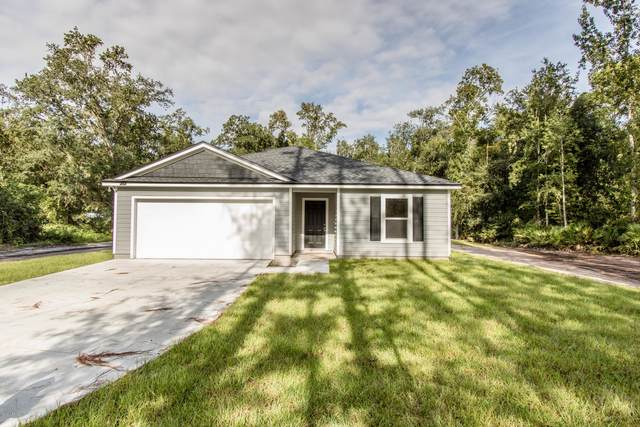 494 Meadowbrook Farms Rd, GREEN COVE SPRINGS, FL 32043 (MLS #1074685) :: The Every Corner Team