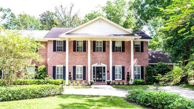 9968 Ridgefield Dr, Jacksonville, FL 32257 (MLS #1074802) :: Homes By Sam & Tanya