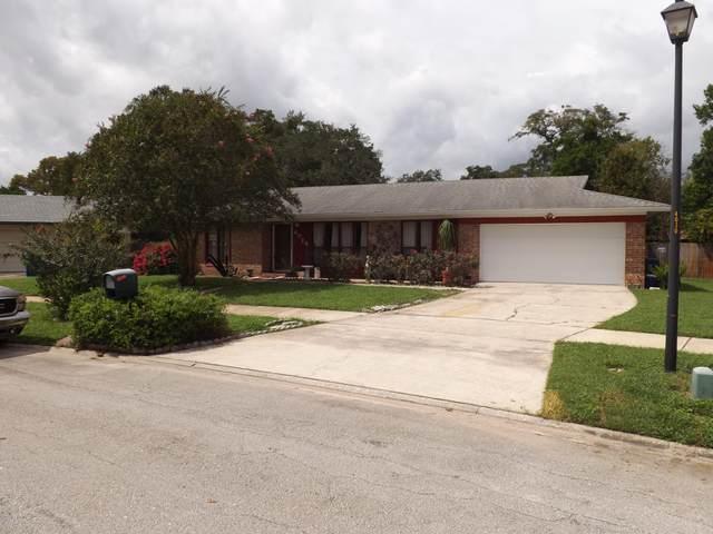4024 Greenwillow Ln W, Jacksonville, FL 32277 (MLS #1074834) :: Homes By Sam & Tanya
