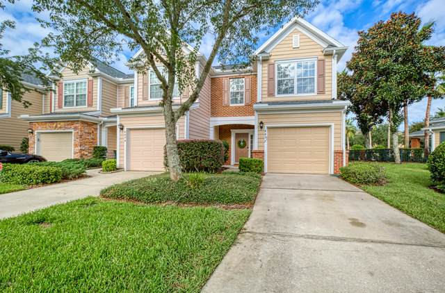 4892 Castlegate Ct, Jacksonville, FL 32256 (MLS #1074853) :: The DJ & Lindsey Team