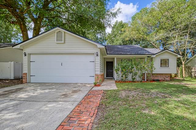 11570 Silk Oak Ln, Jacksonville, FL 32223 (MLS #1074863) :: The Hanley Home Team