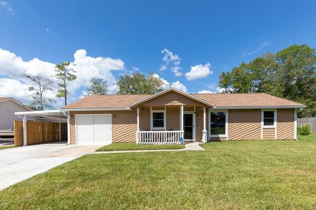 2824 Homestead Rd, Orange Park, FL 32065 (MLS #1075164) :: The Every Corner Team