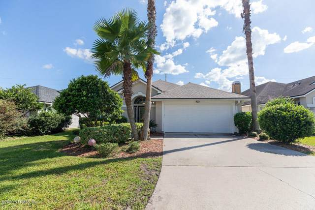 1679 Rustling Dr, Orange Park, FL 32003 (MLS #1075379) :: The DJ & Lindsey Team