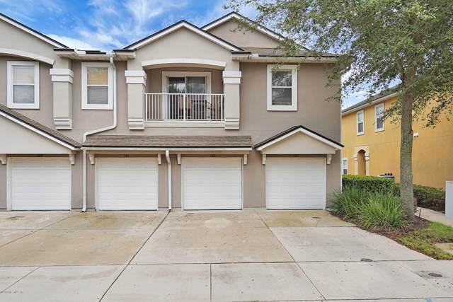 7047 Deer Lodge Cir #106, Jacksonville, FL 32256 (MLS #1075457) :: Homes By Sam & Tanya