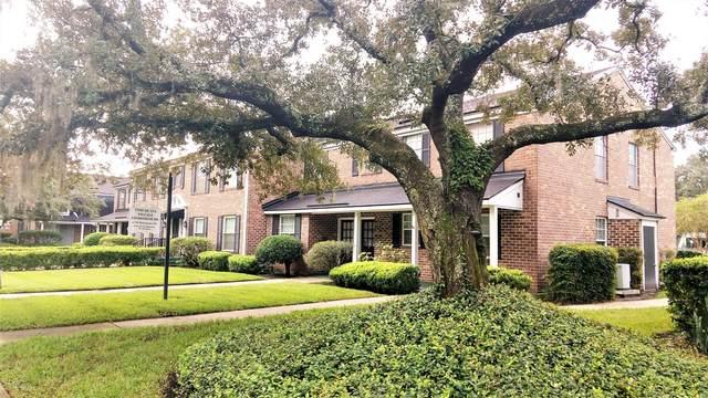 4358 Timuquana Rd #101, Jacksonville, FL 32210 (MLS #1075472) :: The Volen Group, Keller Williams Luxury International