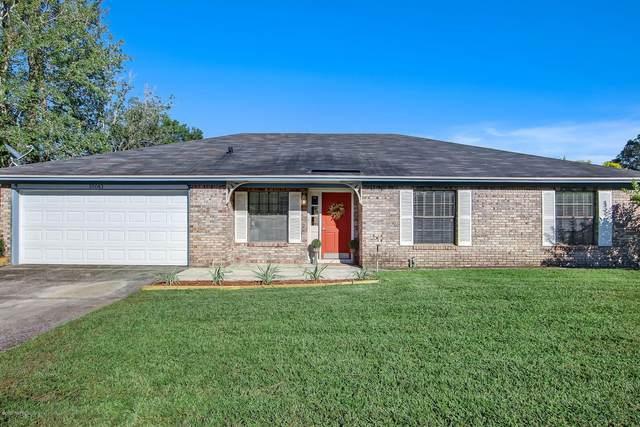 10043 Huntington Forest Blvd E, Jacksonville, FL 32257 (MLS #1075883) :: 97Park