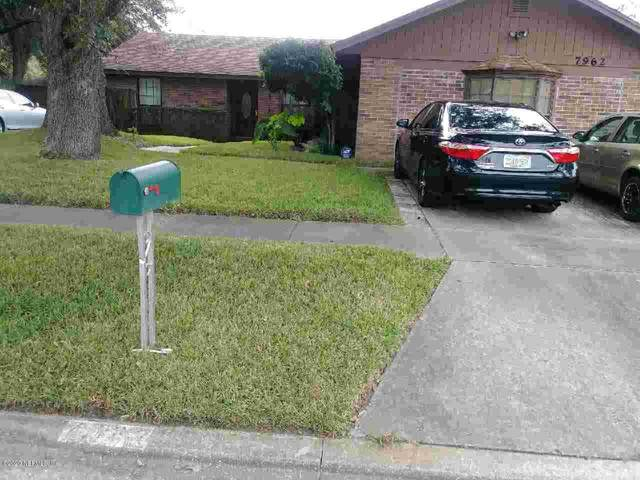 7962 Dwyer Dr, Jacksonville, FL 32244 (MLS #1076586) :: The Impact Group with Momentum Realty