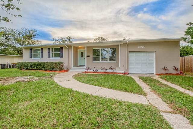 3922 Sudbury Ave, Jacksonville, FL 32210 (MLS #1076658) :: The DJ & Lindsey Team