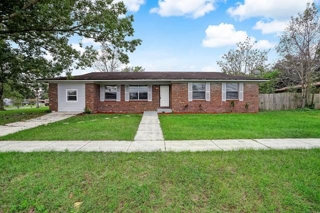8704 Country Creek Blvd, Jacksonville, FL 32221 (MLS #1076759) :: Homes By Sam & Tanya