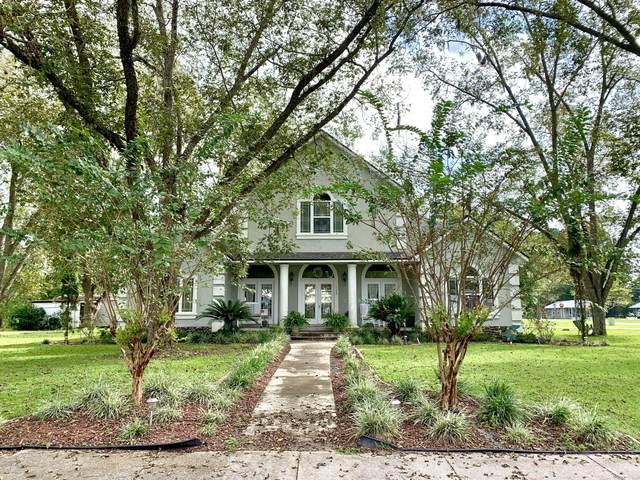 10215 Glen Ave, Glen St. Mary, FL 32040 (MLS #1076801) :: Homes By Sam & Tanya