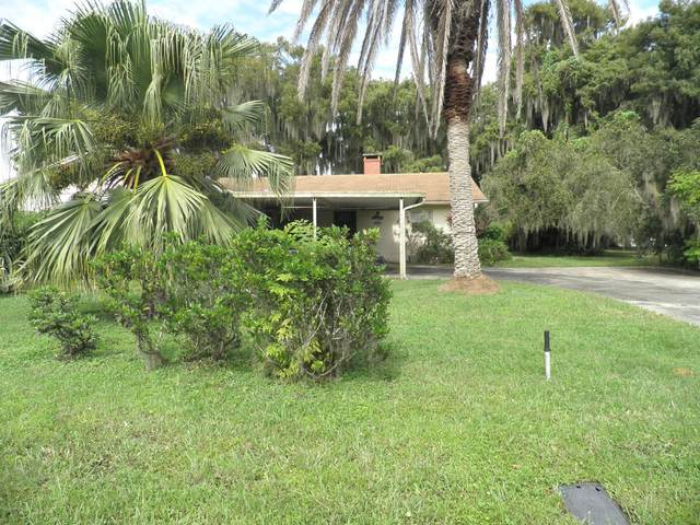 210 S Hayes Ave, Crescent City, FL 32112 (MLS #1076807) :: The Volen Group, Keller Williams Luxury International