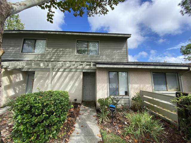 7701 Baymeadows Cir #1095, Jacksonville, FL 32256 (MLS #1076985) :: The Every Corner Team