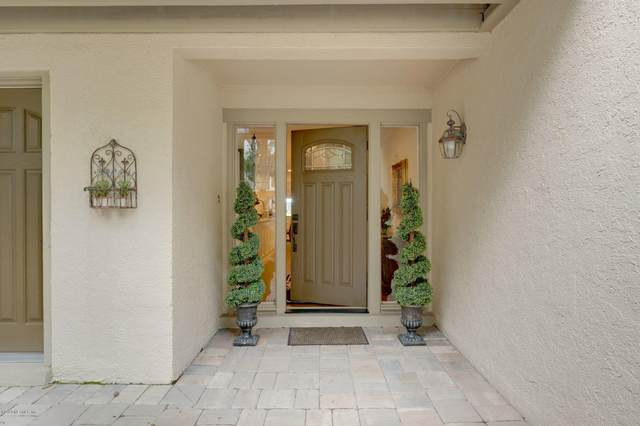 3058 Sea Marsh Rd, Fernandina Beach, FL 32034 (MLS #1077237) :: EXIT Real Estate Gallery