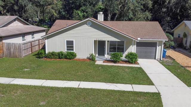 2237 Cypress Landing Dr, Jacksonville, FL 32233 (MLS #1077452) :: The Impact Group with Momentum Realty