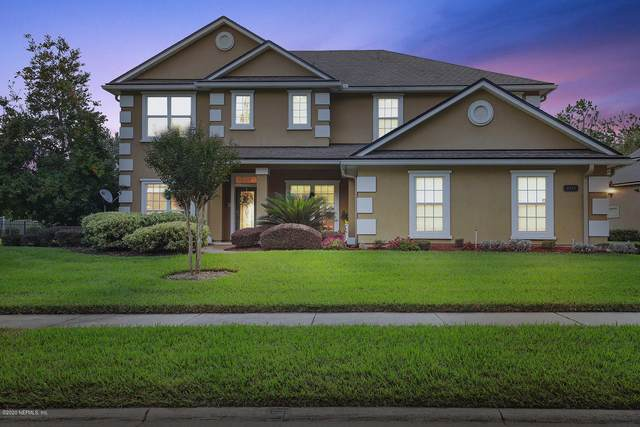 7933 Capeside Way, Jacksonville, FL 32222 (MLS #1077512) :: The Volen Group, Keller Williams Luxury International
