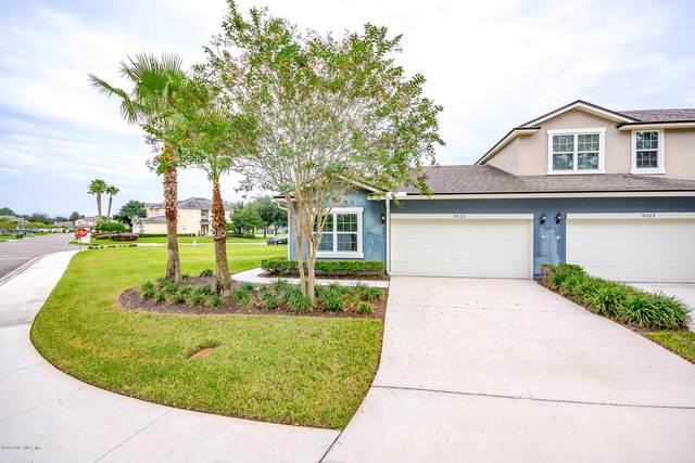 3021 Chestnut Ridge Way, Orange Park, FL 32065 (MLS #1077666) :: The Volen Group, Keller Williams Luxury International