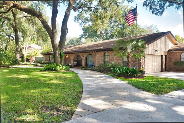 2919 Admirals Walk Dr W, Orange Park, FL 32073 (MLS #1077909) :: The Impact Group with Momentum Realty