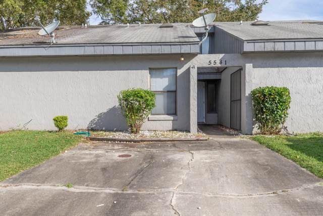 5541 Pine Hill Ln, Jacksonville, FL 32244 (MLS #1078333) :: Homes By Sam & Tanya