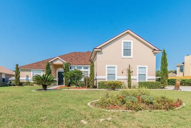 3208 Deer Creek Dr, Middleburg, FL 32068 (MLS #1078405) :: The Volen Group, Keller Williams Luxury International